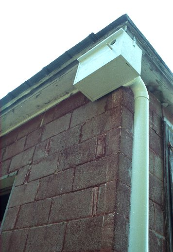 Tipping Can Nest Box Trap For Starlings And House Sparrows